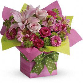 flori cadouri 8 martie