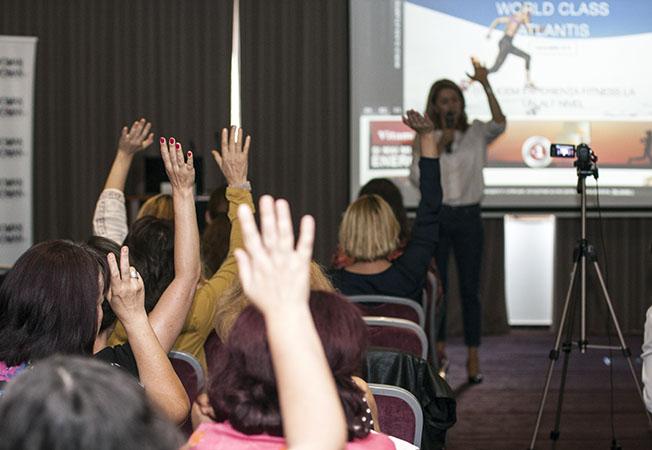 De ce sa fii speaker in cadrul conferintelor - 5 avantaje pe care marii vorbitori le cunosc