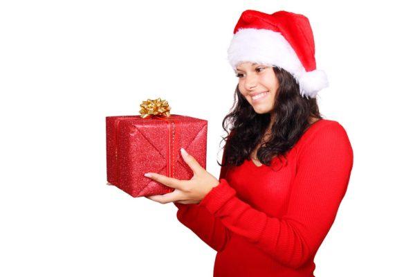 7 idei de cadouri pe care sa le faci iubitului tau de Craciun
