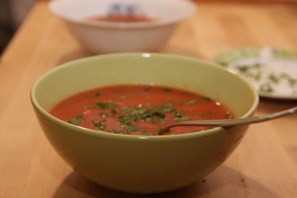 supa de rosii cu bulion si zdrente