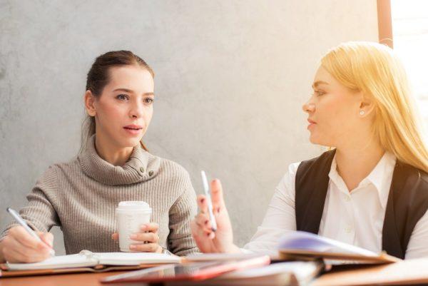 Ai un business si vrei sa te promovezi? Iata cum te ajuta conferinta Femei de cariera!