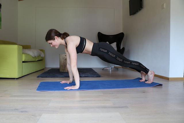 5 tipuri de exercitii fizice pe care poti sa le faci acasa